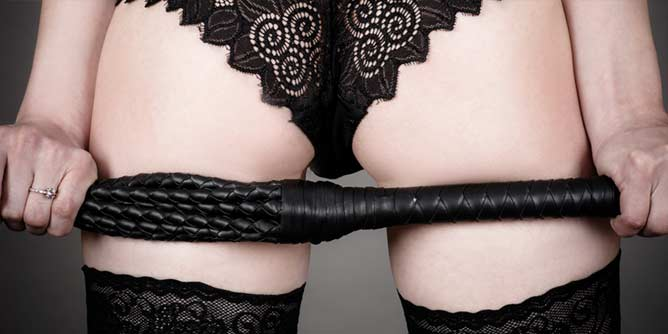 amm_MisKnickers371_header668x334